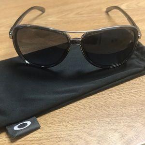Oakley Split Time Aviator Sunglasses Shades
